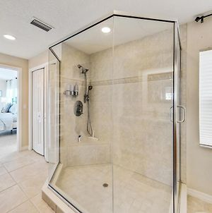 Oasis By The Sea Beach Front Community - Luxurious Pool Spa Home With Waterfall - Sleeps 10 - Come photos Exterior