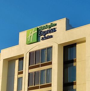 Holiday Inn Express Hotel & Suites Dallas Fort Worth Airport South, An Ihg Hotel photos Exterior