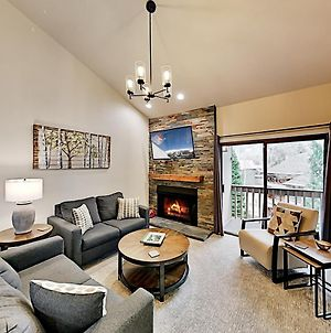 New Listing! Sparkling Retreat 4 Min. From Lifts Condo photos Exterior