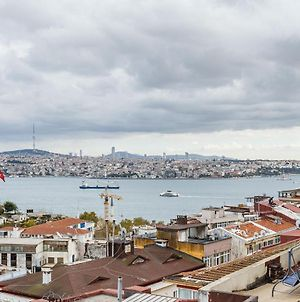 2 Bedroom Comfortable Apartment With View Near Istiklal Street In Beyoglu photos Exterior