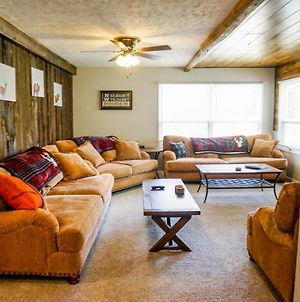 Camelback Rd Rancher- On One Acre & Near Attractions photos Exterior