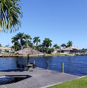 Canal-Front Getaway With Heated Pool & Dock Home photos Exterior