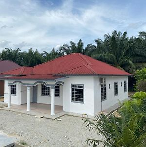 Cempaka Homestay Parit Raja photos Exterior