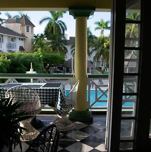 Ocho Rios Sandcastles Resort Fantastic Ocean View 1 Bedroom Apartment Sleeps 2 4 People Free Access, To The Beach 5 Mins Away, Tennis Court, Friendly House Keepers 24 Hours Security Free Wi Fi Best Location In Town photos Exterior