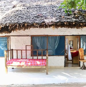 Room In Guest Room - A Wonderful Beach Property In Diani Beach Kenya - A Dream Holiday Place photos Exterior