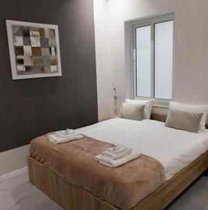 Room In Bb - Amazing Double Room In Bb Marina photos Exterior