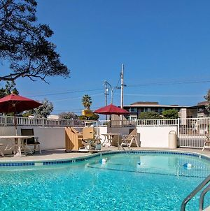 Motel 6 Monterey photos Exterior