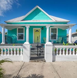 Remodeled Ybor City Home - 2 Mi To Downtown Tampa! Bungalow photos Exterior