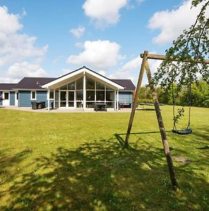 Four-Bedroom Holiday Home In Ansager 2 photos Exterior