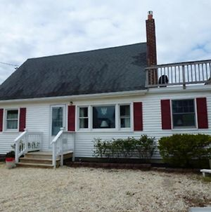 Affordable 3 Bedroom Vintage Cape In Brant Beach photos Exterior