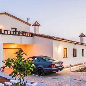 House With 3 Bedrooms In La Oliva With Wonderful Mountain View Enclosed Garden And Wifi 8 Km From The Beach photos Exterior