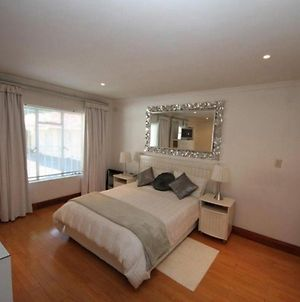 Cosy Private Self Catering Apartment For 2 People - The Munday photos Exterior