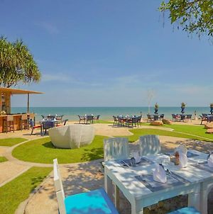 Wora Bura Hua Hin Resort And Spa photos Exterior