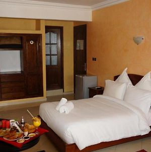 Room In Guest Room - Cosy Room For 3 Persons In The Hotel Riad Asfi photos Exterior