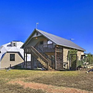 Cozy Cottage Close To Hill Country Vineyards! photos Exterior