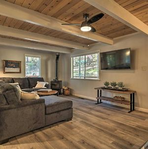 Woodsy Blue Lake Springs Cabin With Large Deck! photos Exterior