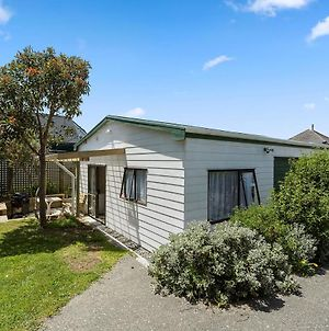 Searenity - Waikanae Beach Holiday Home photos Exterior