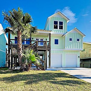 All-New Build - Canal-Front Stilted Home With Deck Home photos Exterior