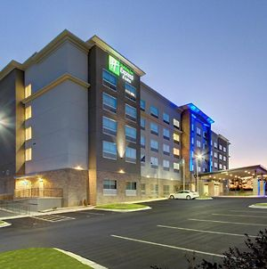 Holiday Inn Express And Suites Charlotte Southwest photos Exterior