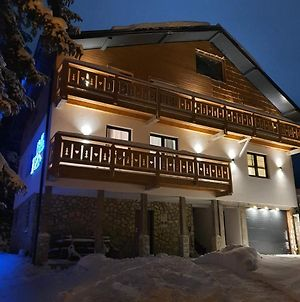Apartments Jahorina Vila In photos Exterior