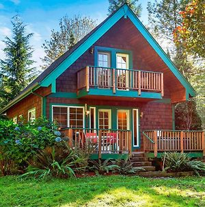 New! Riverfront Cabin Near Hiking And Stevens Pass photos Exterior