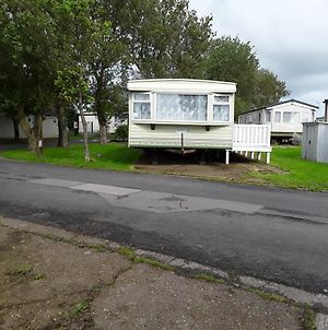 3 Bed Caravan Suzie 1 10 Mins From Beach Suzie 1 photos Exterior