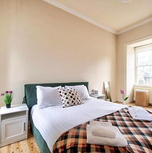 Guestready - Cosy 2Br Top Floor Apt At World'S End photos Exterior