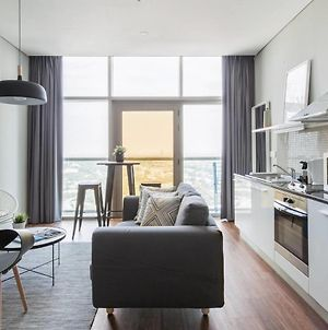 Guestready - Comfy Trendy Apartment Steps Away From The Metro photos Exterior