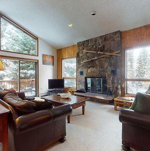 Lovely Creekside Family Home In East Vail W/ Private Hot Tub photos Exterior
