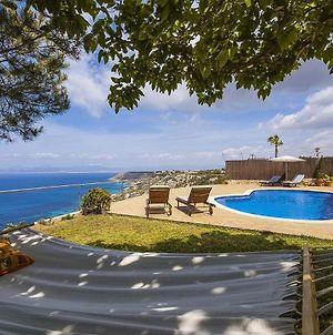 Villa With Sea View And Private Pool photos Exterior