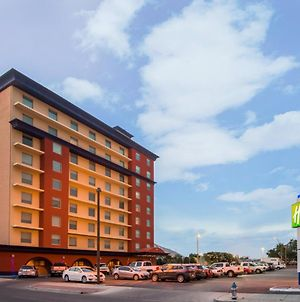 Holiday Inn Express El Paso-Central photos Exterior