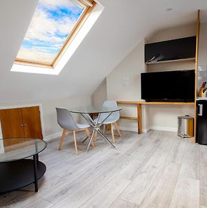 Spacious New One Bed Flat In The Heart Of Reading photos Exterior