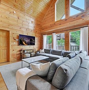 Spectacular Cabin Amazing Views Hot Tub Games Bbq And Community Pool Access Pets Welcome photos Exterior