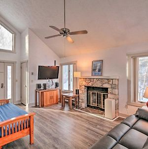 Jack Frost Ski Resort Townhome With Fireplace! photos Exterior