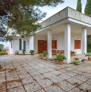 Stunning Home In Menfi With 6 Bedrooms photos Exterior
