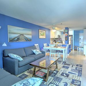 Hilton Head Ahhhh - Newly Remodeled Two Bedroom Condo With Great Views! Condo photos Exterior