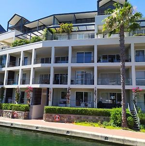 Studio Apartments Fully Furnished And Equipped With Canal Views photos Exterior