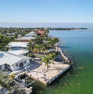 Palm Point 3 Bed 2Bath Home With Open Water Views & Dockage photos Exterior
