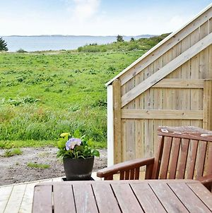 Five-Bedroom Holiday Home In Fjortoft photos Exterior