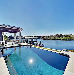 Waterfront Home With Pool, Hot Tub & Kayaks Home photos Exterior