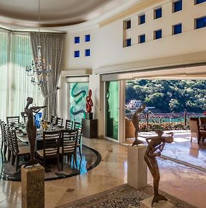 Penthouse For Rent With Ocean, Beach And Tropical Forest Views photos Exterior