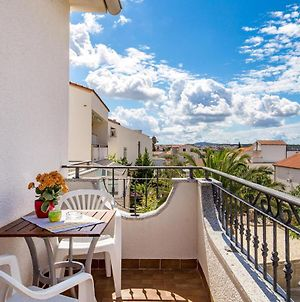 Stunning Apartment In Novalja W/ Wifi And 1 Bedrooms photos Exterior