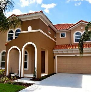 6 Bed Home Watersong At 467 photos Exterior