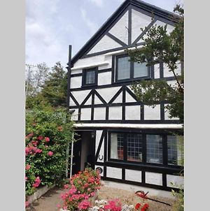 Bournemouth Secluded Cottage 10Mins Walk To Beach photos Exterior