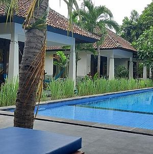 Warna Beach Hotel photos Exterior