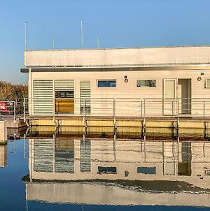 Amazing Ship/Boat In Aalsmeer W/ Wifi And 2 Bedrooms photos Exterior