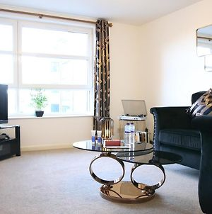 """Kings Lodge"" - Modern Apartments In City Centre With Free Private Parking photos Exterior"
