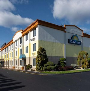 Days Inn By Wyndham Hartford/Closest Downtown photos Exterior