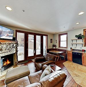 New Listing! Antlers Gulch Gem With Hot Tub Townhouse photos Exterior