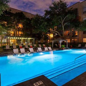 Downtown Houston Huge 2Bdrm Perfect For Family photos Exterior